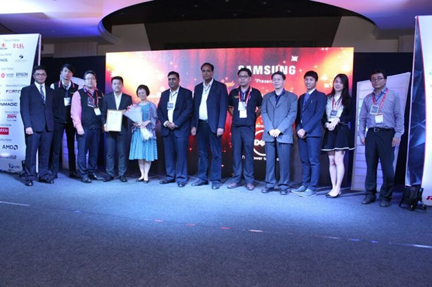 2-1 Huntkey Wins the LeadingGlobalBrandinIndustrialPowerSupply Award from NCN