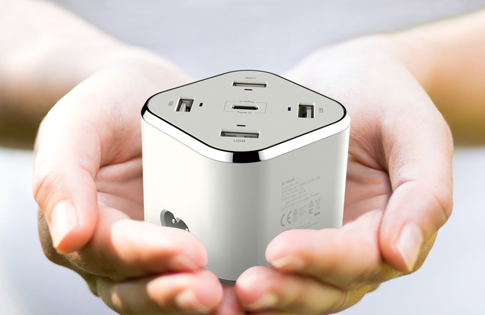 Smart-C Huntkey Releases a Portable USB Power Station Capable of Smart and Fast Charging